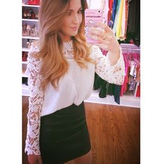 #ShareIG Black and white ✨ #fun #saturdaynight #fabulousvi ✨✨✋✨top: @choies fashion Skirt: HM