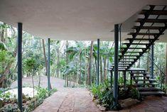 Casa de Vidro, São Paulo. Arquiteta Lina Bo Bardi  Foto Nelson Kon /big_393761_1078_1_Casa-de-Vidro,-externa,-Eduardo-Ortega5.jpg