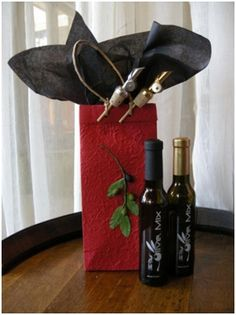 Gift Set 3 - The Tree:  2 - 200ml Bottles (Olive Oil or Balsamic)  1 - Decorative Gift Bag (Double Bottle)  2 - Olive Mix Pour Spouts (Gold or Silver) $39.90