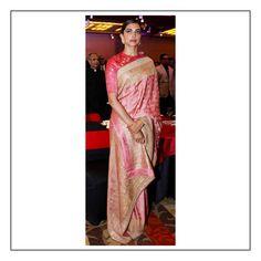 Deepika @deepikapadukone wears a heritage Benarasi saree with a marori border from the Sabyasachi Heritage Collection. Styled by: @shaleenanathani #Sabyasachi #TheWorldOfSabyasachi #DeepikaPadukone Image Courtesy: @shazidchauhan @pinkvilla
