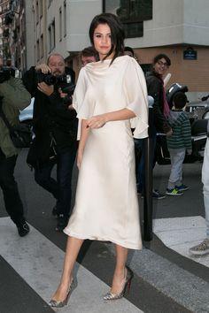 Selena Gomez, Hero, Wore $212 Pajamas Out in Paris  - ELLE.com