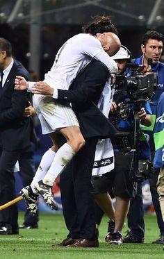 Bale celebrating winning La Undecima with Zidane