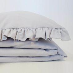 Pościel dziecięca z falbanką w kolorze szarym Bed Pillows, Pillow Cases, Home, Cribs, Pillows, Ad Home, Homes, Haus, Houses