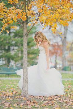 #monique-lhuillier, #leaves  Photography: Our Labor of Love - ourlaboroflove.com Event Design + Planning: Lauren Wells Events - facebook.com/LaurenWellsEvents Floral Design: The Painted Tulip - paintedtulipvt.com