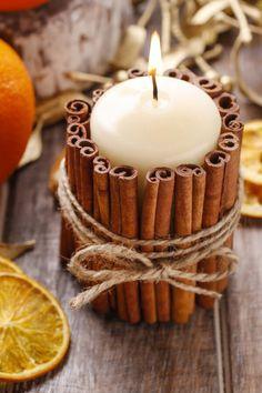 De kaneelstokjes geven een lekker geurtje aan je kaars. #candle #holders #diy