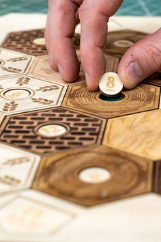 Want to make a custom Settlers of Catan board? Check out my top picks for laser cutters and laser engravers. Laser Cutter Ideas, Laser Cutter Projects, Diy Laser Engraver, Laser Engraving, Cool Art Projects, Cnc Projects, Catan Board Game, Board Games, Settlers Of Catan