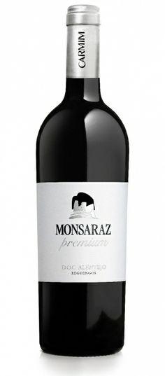 Monsaraz Premium 2011. Red wine from CARMIM – Agricultural Cooperative of Reguengos de Monsaraz. Reguengos de Monsaraz, Alentejo, Portugal. #alentejo #visitalentejo #portugal #visitportugal #wine #redwine #reguengosdemonsaraz #monsaraz #monsarazpremium2011 #carmim