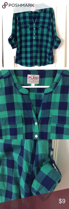 Flannel Shirt - Green and Blue V-Neck Like new! No tags but never actually worn. Great Old Navy flannel shirt. Has a v neck and buttons halfway way down. Beautiful dark green and blue plaid. Old Navy Tops Button Down Shirts