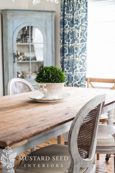 the old, new dining room table - want to refinish the top of my breakfast room table to look like this!