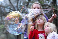 How to make GIANT bubbles - SmockityFrocks.com