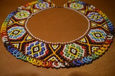 Necklaces of beads. Beaded Jewelry Patterns, Beading Patterns, Beaded Crafts, Necklace Tutorial, Beaded Collar, Beading Tutorials, Loom Beading, Bead Art, Bead Weaving