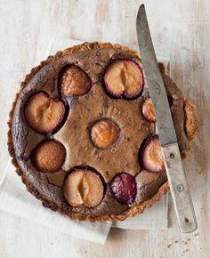 Suklaa-mantelihedelmäpiiras | Reseptit