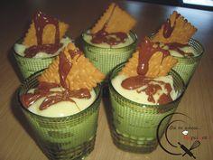 Το γλυκό της γιαγιάς Μικρής! Greek Recipes, Cake Cookies, Pudding, Sweet, Desserts, Table, Food, Candy, Tailgate Desserts
