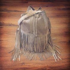 Light #Gray #white #fringe #tassel #bag #handbag #sack #sewing #embroidery #fashion #fabric #outfit #leather #label #skóra #worek #szary #biały #zawieszka #frędzle #Koszalin #polska #Deutschland #boho #tasselbag #fringebag #sack #worek