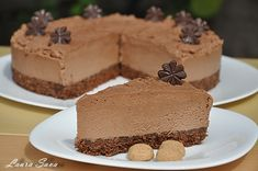 Tort de ciocolata fara coacere Raw Food Recipes, Sweet Recipes, Cooking Recipes, Nutella Cheesecake, Romanian Food, Romanian Recipes, Pinterest Recipes, Coffee Cake, Chocolate Cake