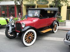 Vintage Cars -                                                              1924 Dodge  ...Brought to you by #houseofInsurance #eugeneOregon Great rates for great cars.