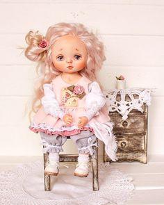 Девочка моя сладкая, ливингдолл меня не отпустит, лепным малышкам быть, конечно ещё учиться и учиться, но пока я очень довольна , а вам какие больше куклёны нравятся и почему, очень интересно услышать ваше мнение