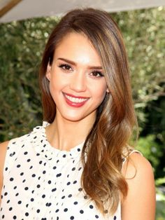 Jessica Alba - love her hair color