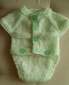 Ravelry: All-in-One Onesie pattern by marianna mel Knitting For Kids, Baby Knitting Patterns, Baby Patterns, Ravelry, Onesie Pattern, Baby Christening, Baby Cardigan, Onesies, Baby Onesie
