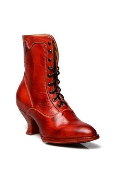 Vintage Shoes You'll be the the talk of the town in these Eleanor Victorian Style Leather Ankle Boots in Red Rustic by Oak Tree Farms! Victorian Boots, Victorian Fashion, Vintage Fashion, Modern Victorian, Vintage Inspired Shoes, Vintage Style Shoes, Saddle Shoes, Shoe Boots, Bootie Boots