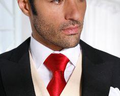 Corbata roja para el novio