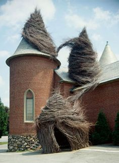 The 1st Patrick Doughtery I ever saw!  some yrs ago...at the Decodova in Lincoln, MA Haven't seen a pic of it since...I just loved it and continue to love his work
