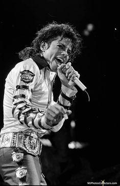 Michael Jackson Photoshoot, Michael Jackson Dangerous, Michael Jackson Bad Era, Jackson Family, Mike Jackson, Michael Jackson Neverland, Mj Bad, The Jacksons, American Singers