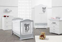 Mobila Dormitor Copii din lemn. Culori delicate si linii curate, clasice, elegante, luminoase si forme pentru solutii de design noi si actuale.