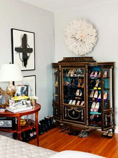 Brooke Cundiff elegantly displays her shoe collection in a French, silk-lined curio cabinet. Diy Furniture Decor, Shoe Display, Blue Rooms, Bedroom Vintage, Home Furnishings, Juju Hat, Sweet Home, Room Ideas, Decor Ideas