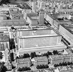 NBP - pl. Powstańców Warszawy / ul. Świętokrzyska, lata 50./60.   (fot. Edmund Kupiecki)