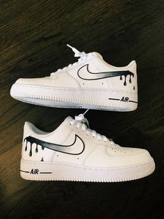 PIN charlizewongjy Source by dariencato shoes ideas Custom Vans Shoes, Custom Painted Shoes, Jordan Shoes Girls, Girls Shoes, Souliers Nike, Nike Shoes Air Force, Aesthetic Shoes, Cute Sneakers, Sneakers Nike