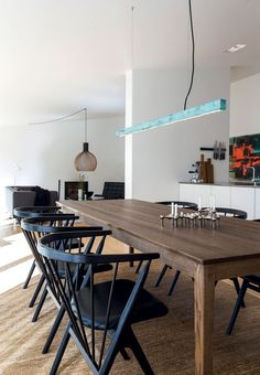Modern dining room with a table in smoked oak from Sibast Furniture. Dining Table Lighting, Oak Dining Table, Fine Dining, Dining Area, Dining Room Walls, Dining Room Design, Living Room, Scandinavian Dining Table, Dining Room Inspiration
