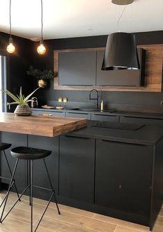 Modern minimalist kitchen home design, black clean and simple kitchen. Kitchen Room Design, Kitchen Cabinet Design, Modern Kitchen Design, Home Decor Kitchen, Interior Design Kitchen, Home Kitchens, Loft Kitchen, Kitchen Design Minimalist, Modern Minimalist