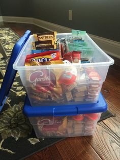 Vacation Snacks, Travel Snacks, Vacation Trips, Vacation Ideas, Healthy Travel Food, Beach Vacation Packing, Road Trip Packing, Road Trip Essentials, Road Trip Meals