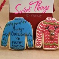 Ugly sweater cookies - sweetthingsbywendy.ca Ugly Sweater Cookie, Ugly Christmas Sweater, Edible Favors, Party Favours, Joy To The World, Cookies, Sweet, Crack Crackers, Candy