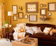 Resultado de imagem para sofá marrom.com parede amarela