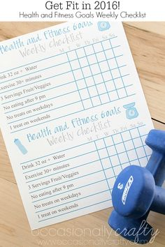Keep yourself on track with your health and fitness goals with this free printable weekly goal checklist! Use the printed one or download a blank one to add your own goals!