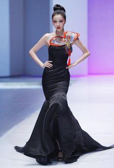 NE TIGER Haute Couture Show