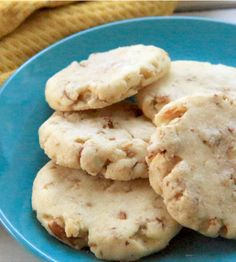 You won't miss those grocery store cookies once you try our recipe for homemade pecan sandies! They're a spot-on copycat of the pre-packaged versions and are made with real, words-you-can-actually-pronounce ingredients.