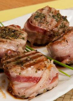Pork fillet with aromatic herbs - A tasty main rich in protein, iron, B vitamins and antioxidants.