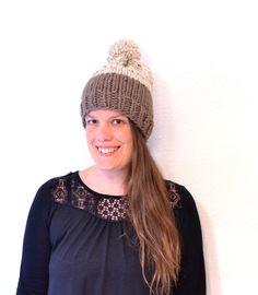 Womens Pom Pom Hat // Hand Knitted Beanie With Pom Pom // Chunky Knit Beanie // Women Gift // Winter Hat // Pom Pom Beanie // Pom Pom Hat by StarSeventeen on Etsy (null)