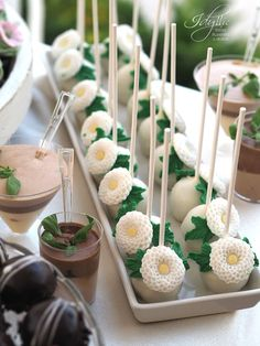 candy bar Idyllic / garden wedding theme / productie si design Idyllic Events