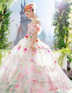22 Gorgeous Floral Wedding Dresses Blooming with New Details!