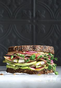 Superfood sandwich Stack it up! This sandwich takes our grainy brown bread and loads it up with our favourite superfoods. Homemade Sandwich Bread, Healthy Sandwich Recipes, Beet Recipes, Healthy Sandwiches, Savoury Recipes, Recipies, Brown Bread Recipe, Quick Pickled Red Onions, Recipe Collection