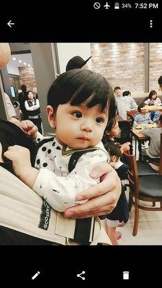 New Beautiful Children Boy Animals 31 Ideas Cute Baby Boy, Cute Little Baby, Little Babies, Baby Love, Cute Kids, Cute Asian Babies, Korean Babies, Asian Kids, Cute Babies