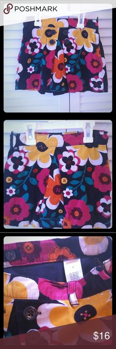 Gymboree suede floral skirt Navy blue with bright floral patterns. Side zipper and adjustable inner elastic waistband. Gymboree Bottoms Skirts