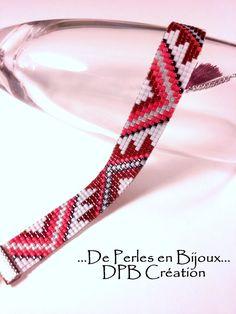 Bracelet tissé perles delicas Miyuki rouge, bordeaux et gris