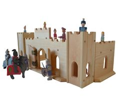 Wooden Play Castle-Waldorf Toy Castle-Montessori Castle-Child's Play Castle-Wooden Knight's Castle- Pretend Castle