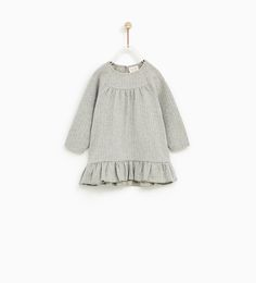 Discover the new ZARA collection online. Toddler Girl Gifts, Baby Girl Gifts, Baby Girls, Little Girl Fashion, Fashion Kids, Baby Girl Dresses, Baby Dress, Ivy Fashion, What To Wear Fall