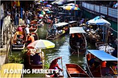 at Damnoen Sadoak floating market